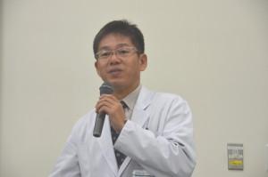 医学科脳脊髄神経外科学領域 菊田健一郎教授の講義