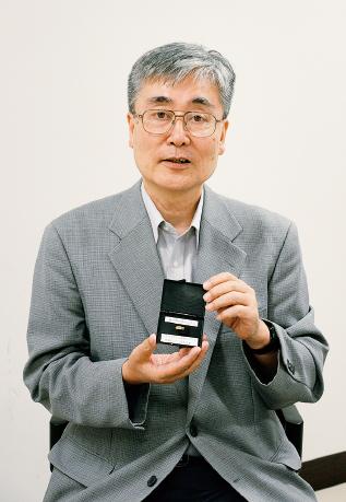 勝山 俊夫 先生