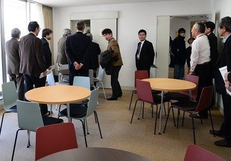 留学生宿舎「牧島ハウス」を見学