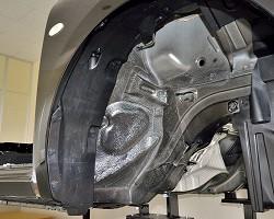 自動車のホイールハウス部に塗装された自動車用防錆塗料「NTガードコート」