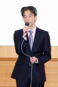 挨拶する北信がんプロ福井大学責任者で附属病院がん診療推進センターの廣野靖夫センター長