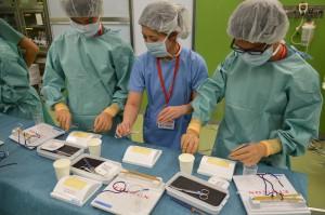 手術用縫合糸を用いた縫合体験