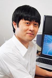 内村 智博 先生